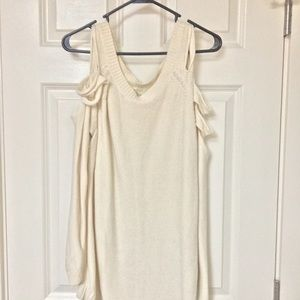 Forever 21 Cold Shoulder Type Sweater